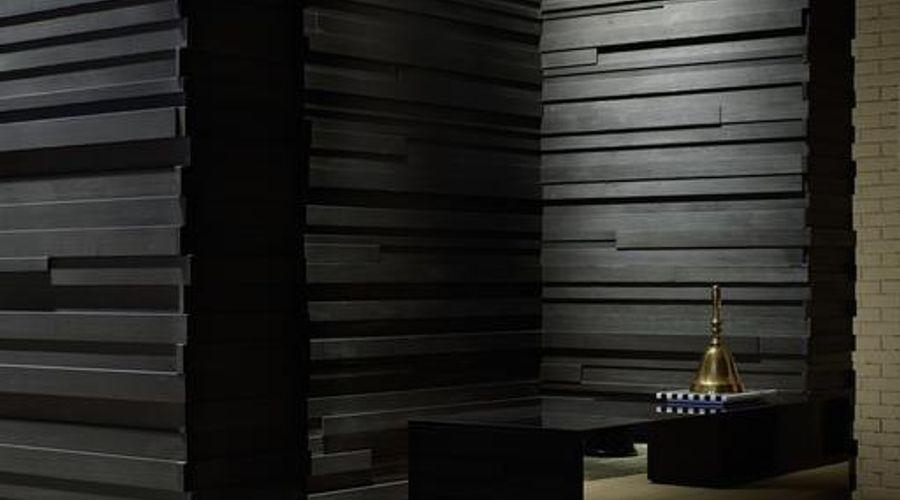 روومرز بادن بادن، أوتوغراف كولكشن-6 من 40 الصور