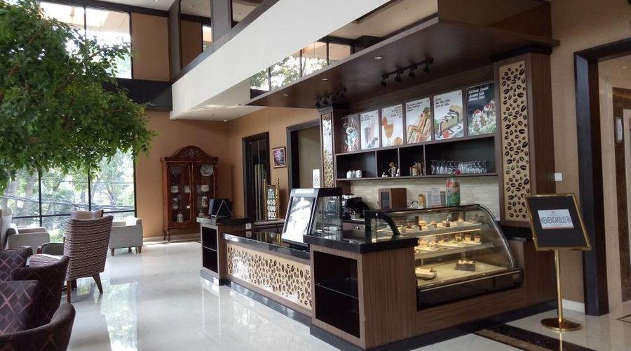 Aria Centra Hotel Surabaya-4 of 36 photos