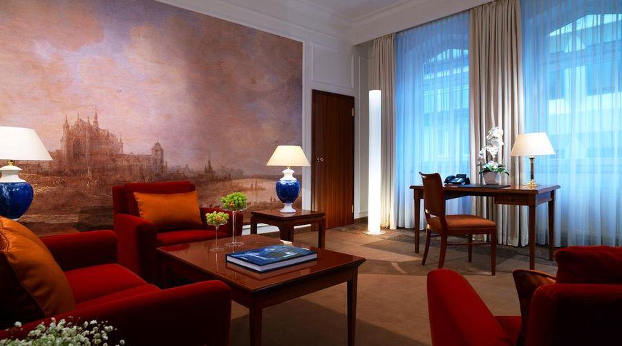 Hotel Vier Jahreszeiten Kempinski München-25 of 42 photos