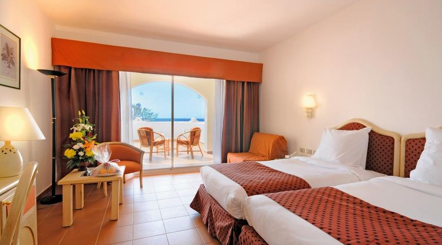 Domina Oasis Hotel & Resort-3 of 44 photos