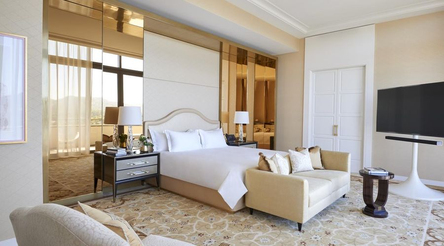 Waldorf Astoria Beverly Hills-8 of 41 photos
