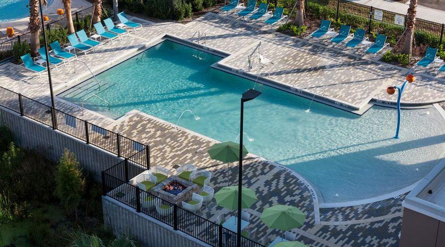 Holiday Inn Express & Suites Orlando at SeaWorld-23 of 46 photos