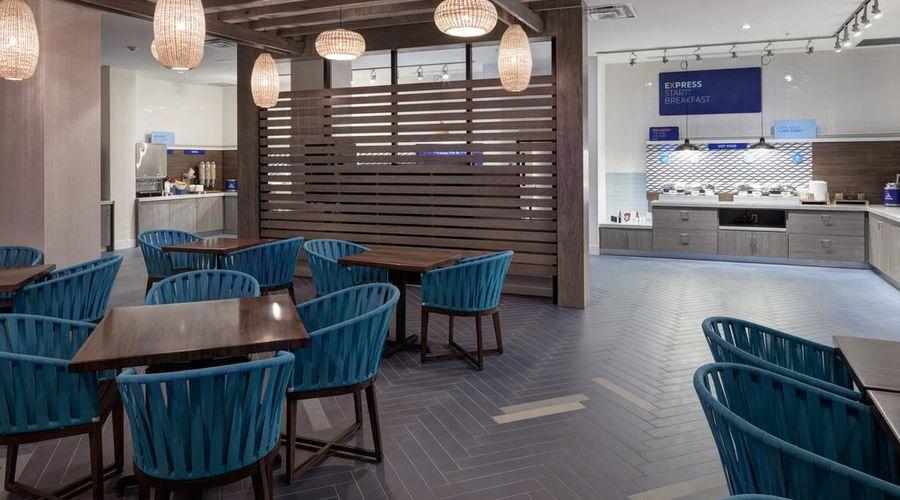 Holiday Inn Express & Suites Orlando at SeaWorld-35 of 46 photos