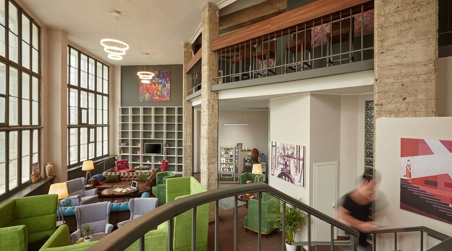 Molotoff Capsule Hotel-17 من 45 الصور