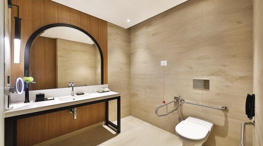 دبل تري باي هيلتون دبي - الخليج التجاري-19 من 43 الصور