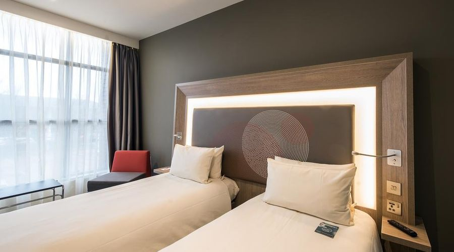 Novotel London Heathrow Airport T1 T2 and T3-3 of 42 photos